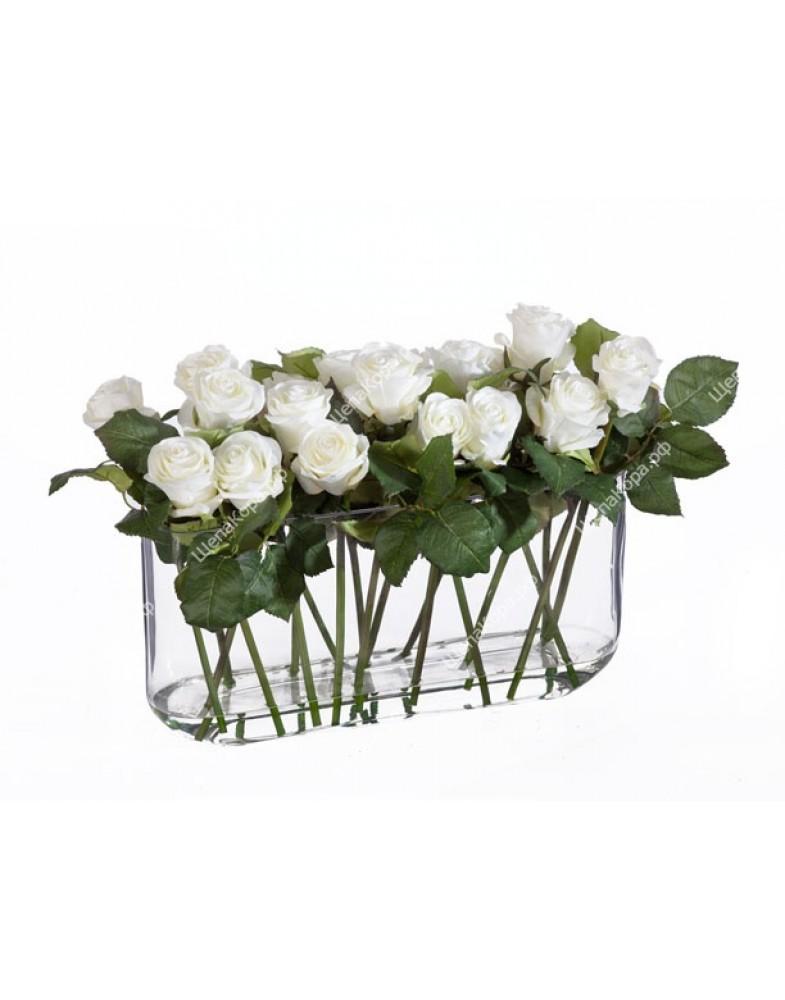 Композиция Розы белые в дизайн-стекле с водой, 33 см